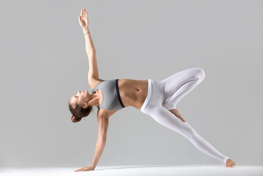 Pose de Yoga realizada en una de las clases de Yoga