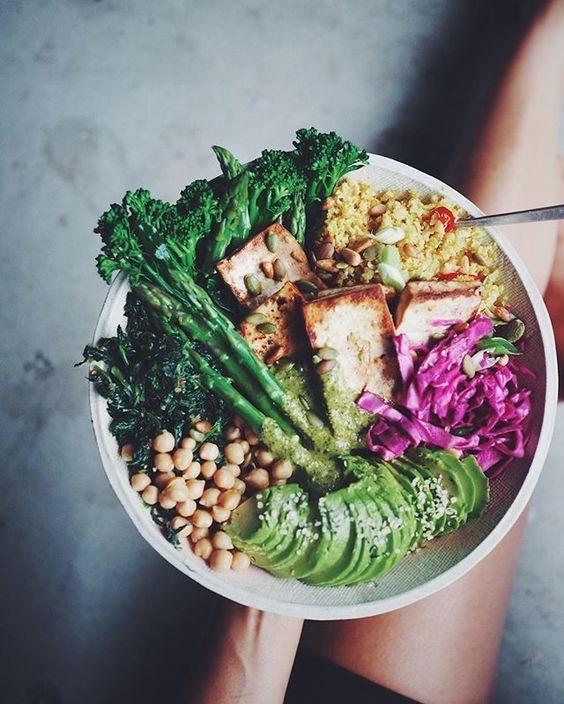 Ensalada nutritiva con verduras