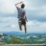 Un joven deportista coge el hábito de entrenar independientemente de si está de vacaciones.