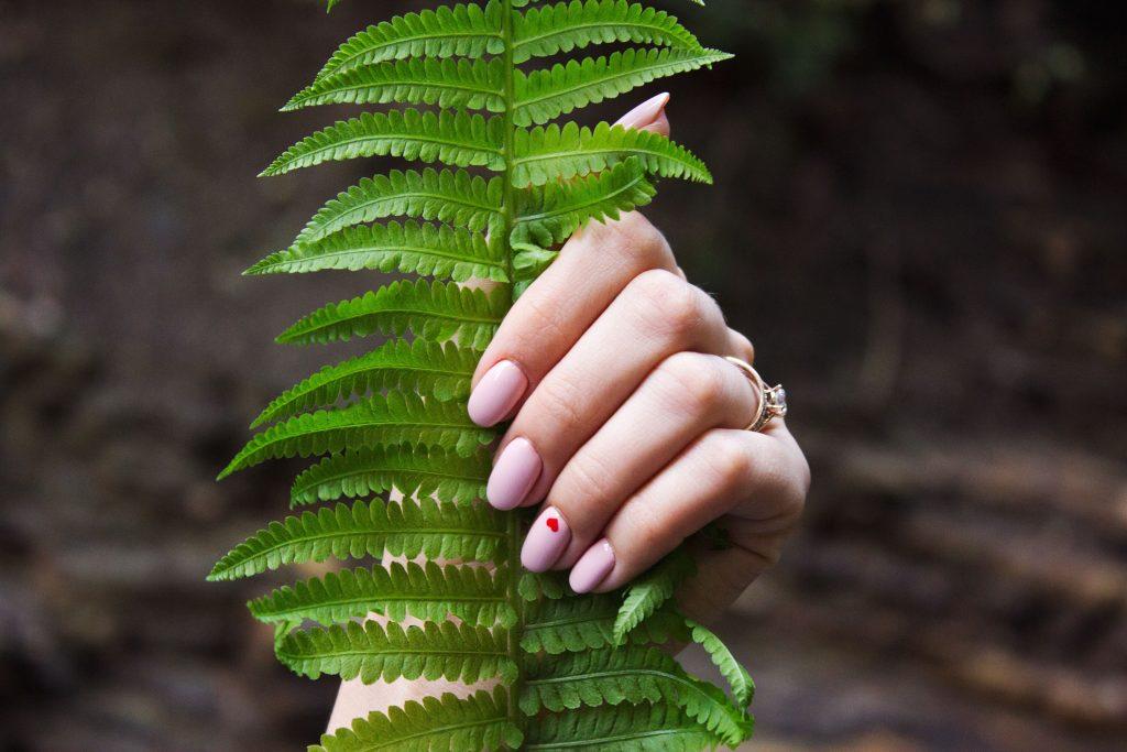 Tips para cuidar las uñas y tenerlas bonitas y sanas