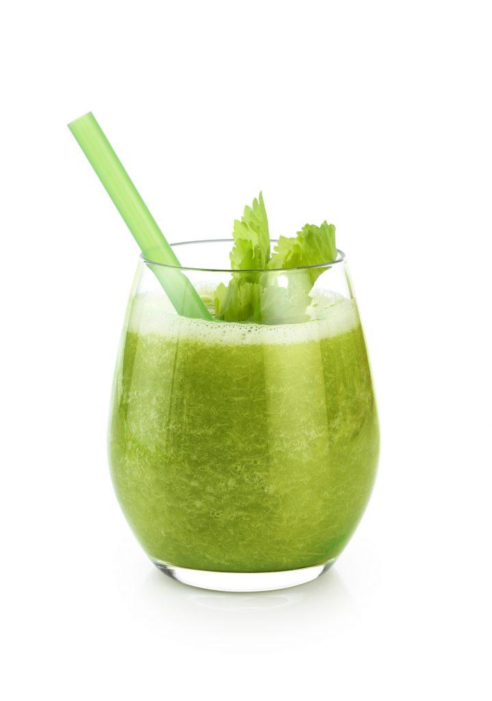 Zumo verde depurativo y antioxidante en nuestro plan detox de primavera