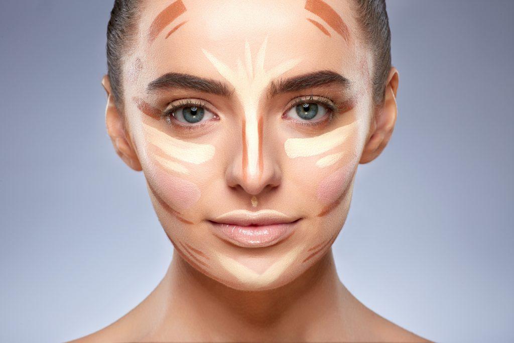 Maquillaje de ojos y rostro