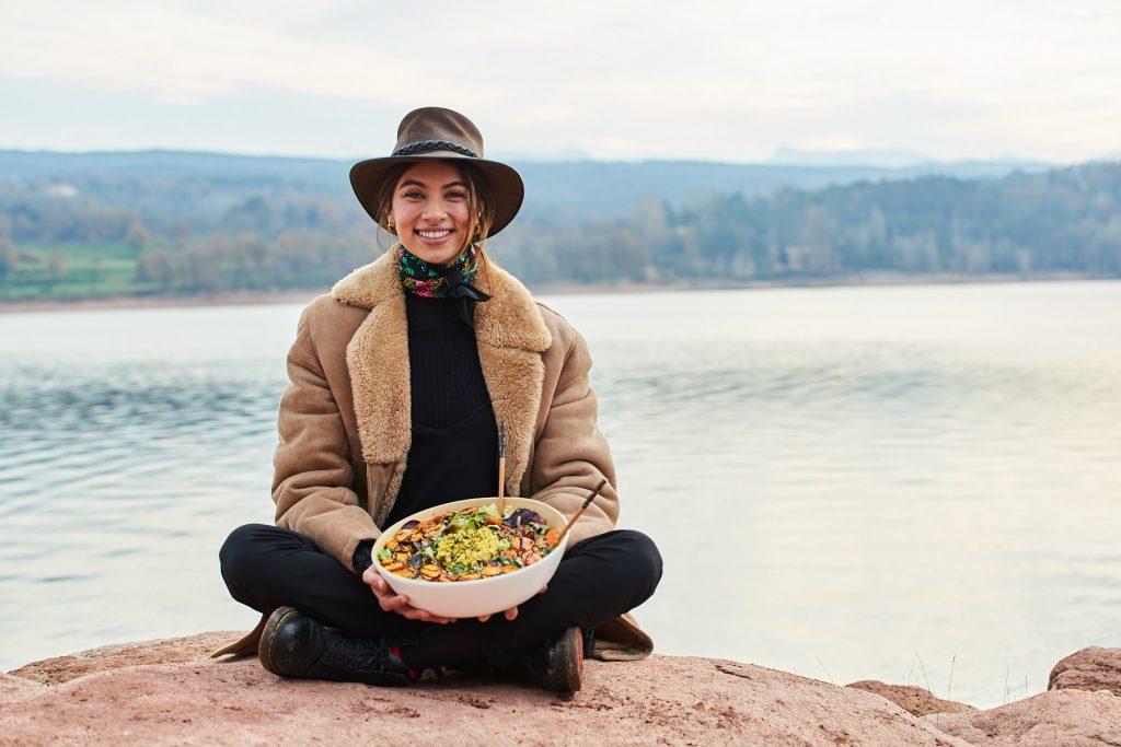 Chinita Pérez con su receta de la ensalada saludable