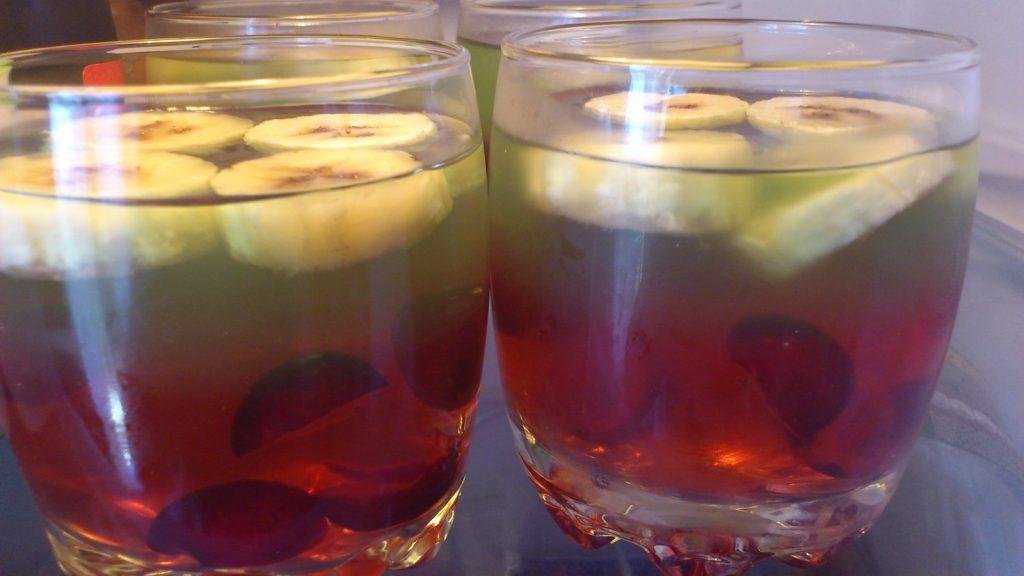 gelatina con frutas una meriendas para niños fáciles y nutritivas