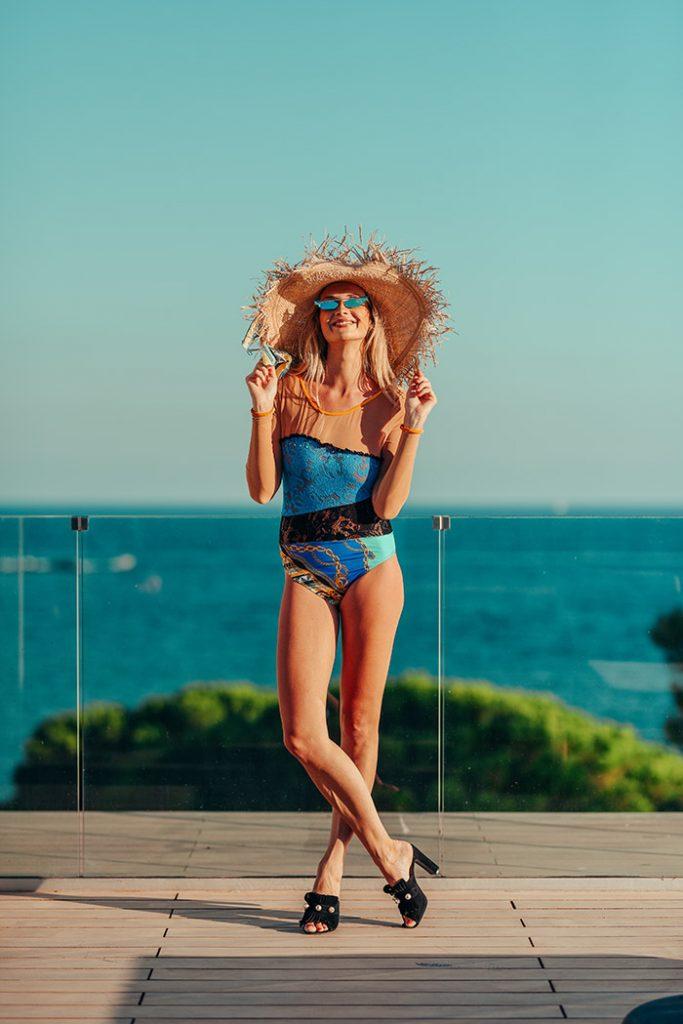 Fashion Shoot Adlib Ibiza 2020 bañador de la diseñadora Piluca Bayarri