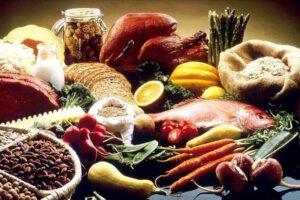 nutrientes que te benefician si estas embarazada-comida sana